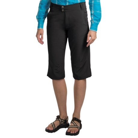 10,000 Feet Above Sea Level Stretch Capris (For Women) in Black