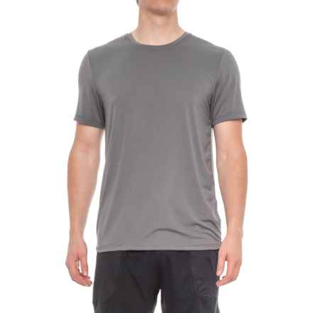 32 Degrees Solid Cool Tech T-Shirt - Short Sleeve (For Men) in