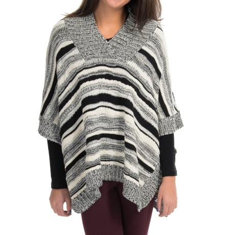 525 America Handknit Poncho Wool Blend V Neck For Women