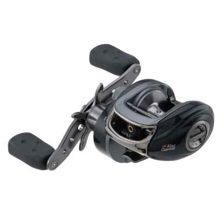 Abu Garcia Orra 2 Winch Baitcasting Reel in See Photo - Closeouts