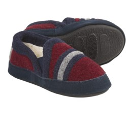 Acorn Colby Moc Slippers (For Boys) in Wine