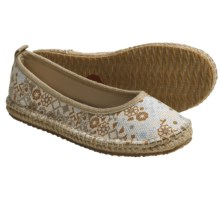 Acorn Espie Ballet Shoes (For Women) in Sand Print - Closeouts