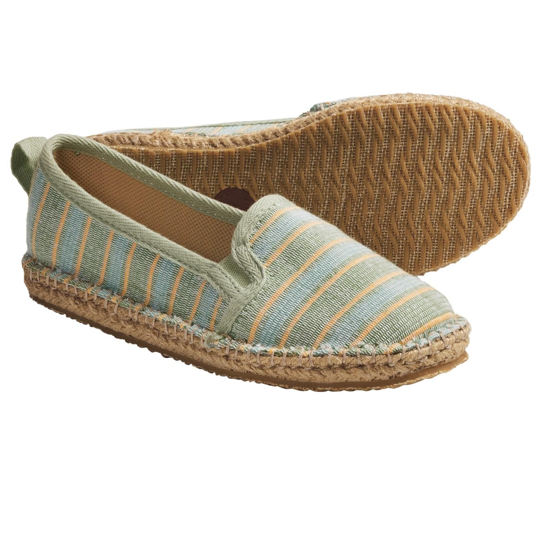 Acorn Espie Moc Shoes (For Women) in Leaf Wash
