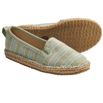 Acorn Espie Moc Shoes (For Women) in Leaf Wash