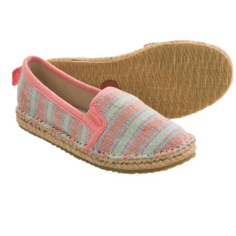 Acorn Espie Moc Shoes (For Women) in Poppy Wash