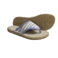 Acorn Espie Thong Sandals (For Women) in Leaf Wash