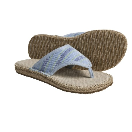 Acorn Espie Thong Sandals (For Women) in Poppy Wash