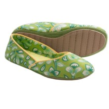 Acorn Farrah Print Slippers (For Women) in Kiwi - Closeouts