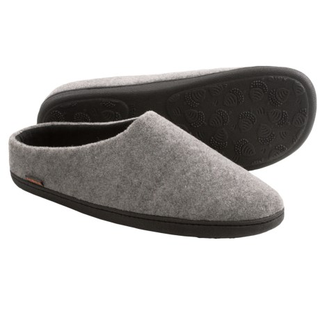 Acorn Highlander Slippers - Fleece-Lined (For Men) in Grey Italian Plush