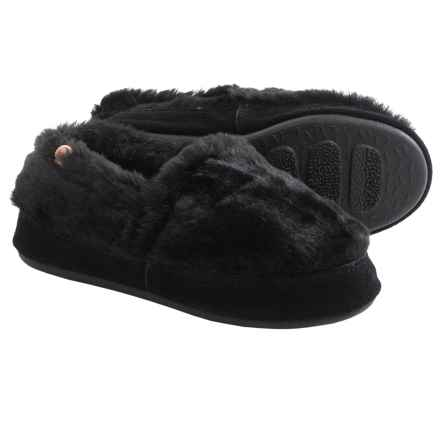 Acorn MOC Slippers (For Women) in Black Bear - Closeouts