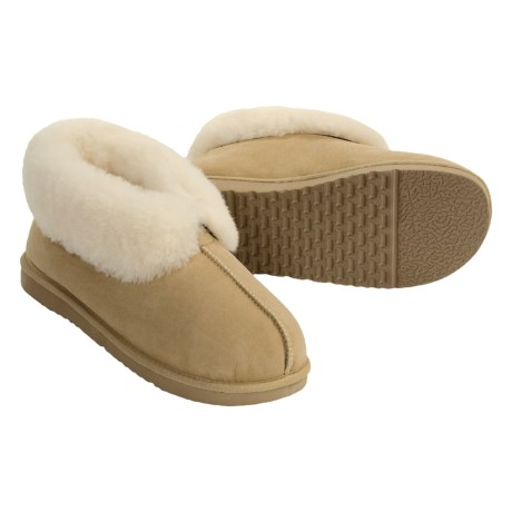 Acorn Ram Island Slippers - Sheepskin (For Women) in Cane