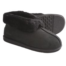 Acorn Sheep Ram Island Slippers - Sheepskin (For Men) in Black - Closeouts