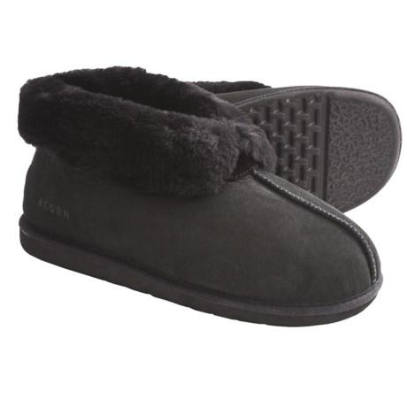 Acorn Sheep Ram Island Slippers - Sheepskin (For Men) in Black