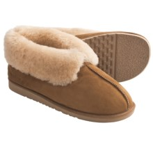 Acorn Sheep Ram Island Slippers - Sheepskin (For Men) in Chestnut - Closeouts