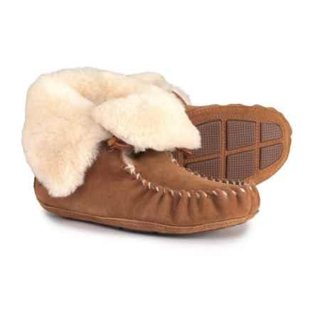 Acorn Sheepskin Moxie Bootie Slippers - Suede (For Women) in Chestnut - Closeouts