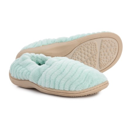 42e365e9bba Acorn Spa Support Moccasin Slippers (For Women) in Mint - Closeouts