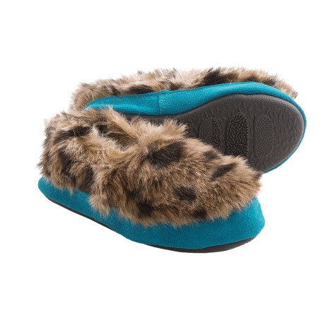 Acorn Tex Moc Slippers (For Girls) in Snow Leopard