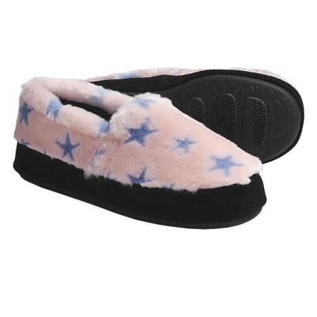 Acorn Textured Moc Slippers - Fleece (For Women) in Blue/Pink Stars