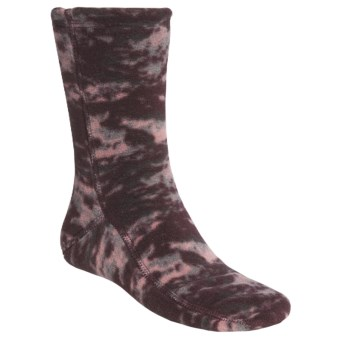 Acorn Versa Fit Fleece Socks (For Men and Women) in Katahdin Camo Wine