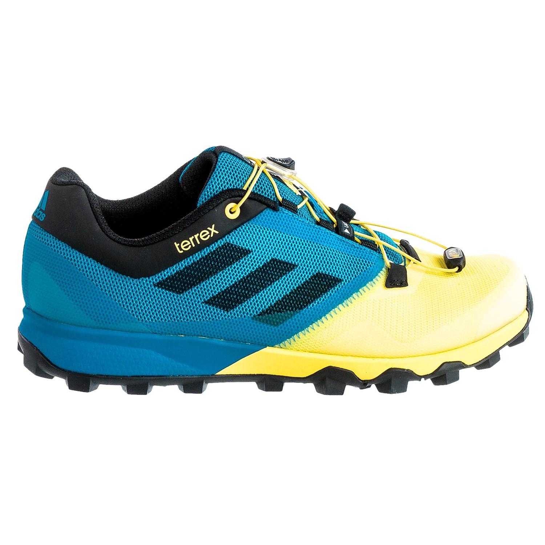 Black Dog Running Shoes