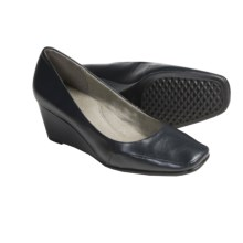 Aerosoles Barecuda Wedge Dress Shoes (For Women) in Navy - Closeouts