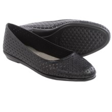 Aerosoles Between Us Shoes - Leather, Flats (For Women) in Black Leather - Closeouts
