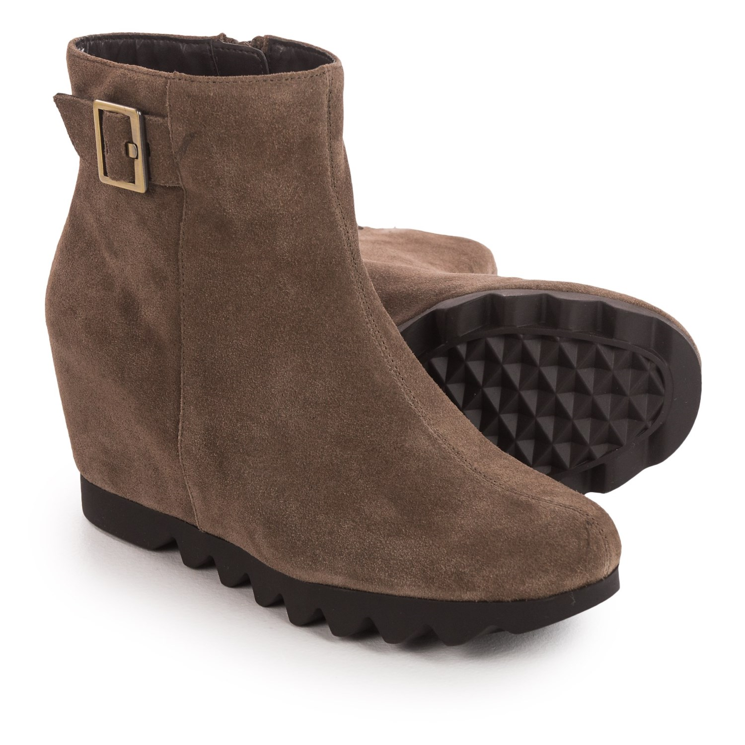 aerosoles confidential wedge ankle boots for