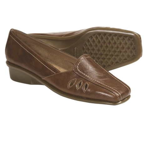 Aerosoles Medieval Shoes - Slip-Ons (For Women) in Tan
