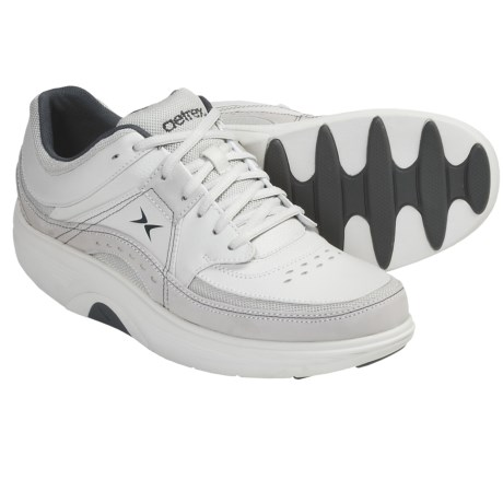 Aetrex Bodyworks Sport Shoes (For Men) in White/Charcoal