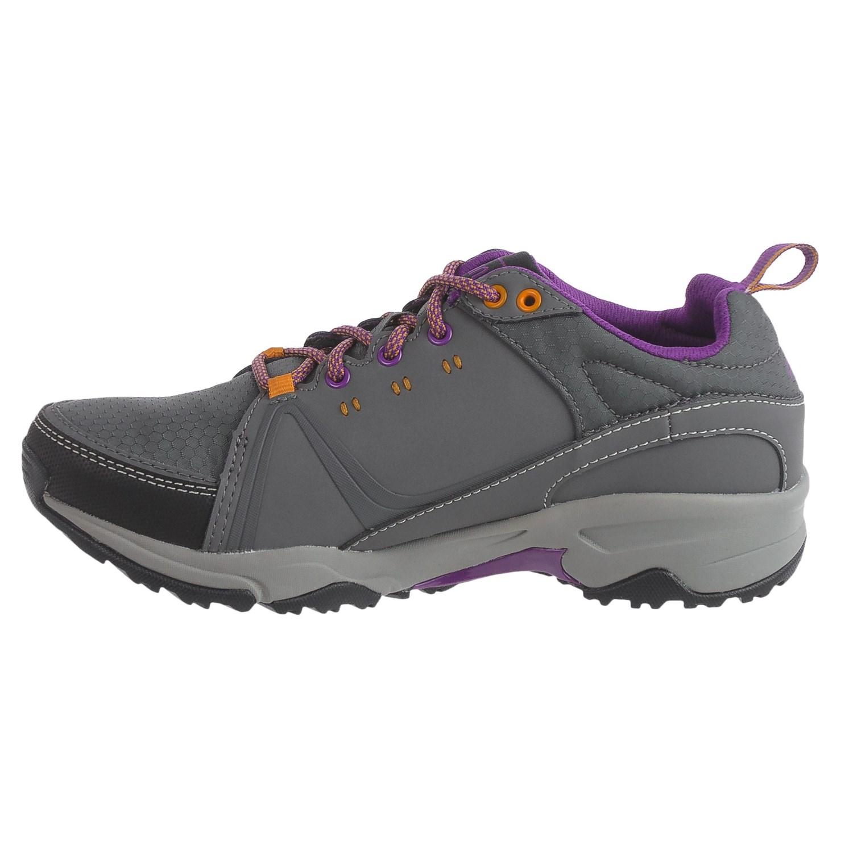 Ahnu Hiking Shoes Reviews