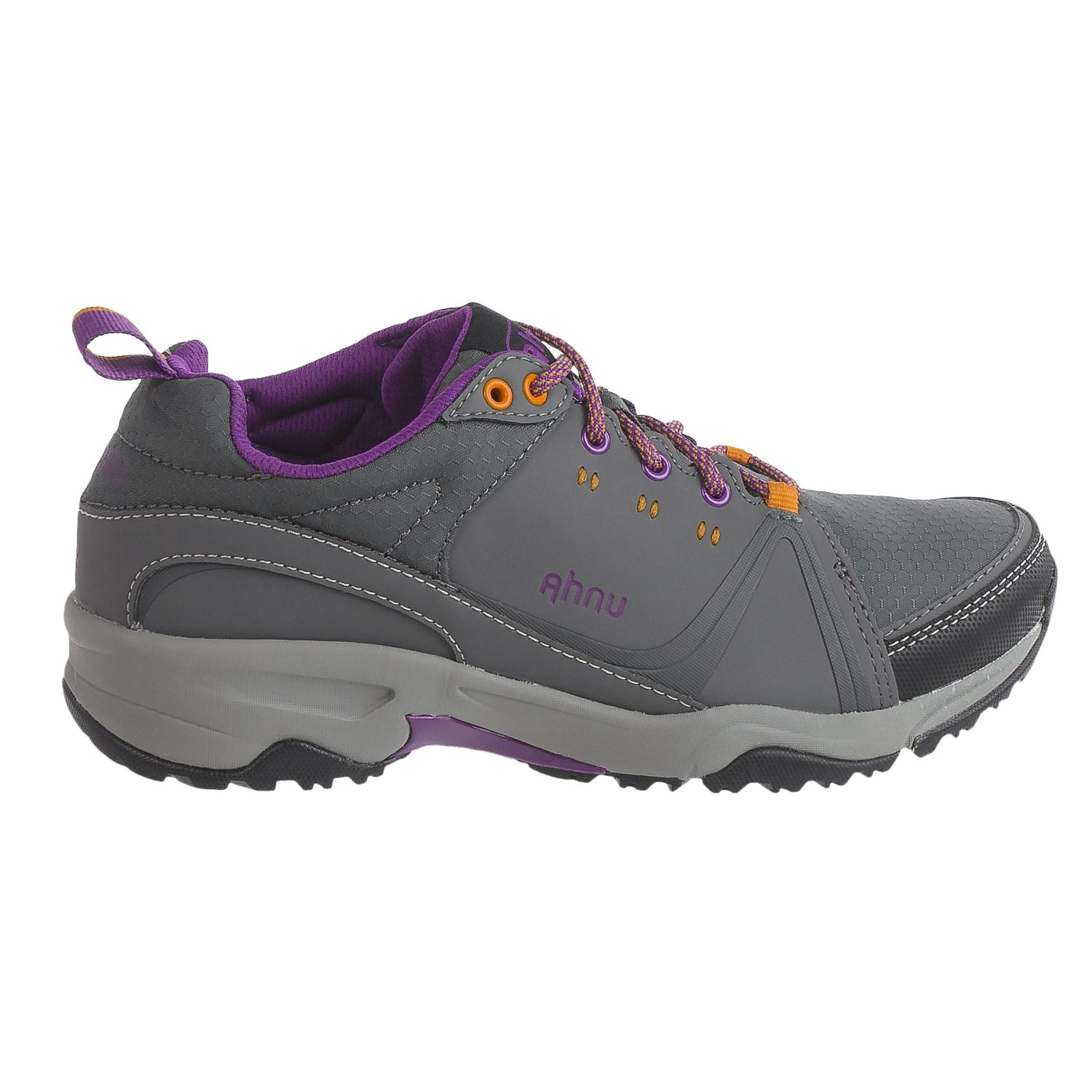 Rain threatening to ruin your day? Charge on through with the reliable women's Ahnu Montara III eVent Low hiking shoes. Their waterproof membranes and Vibram® outsoles keep you dry and stable. Available at REI, % Satisfaction Guaranteed.