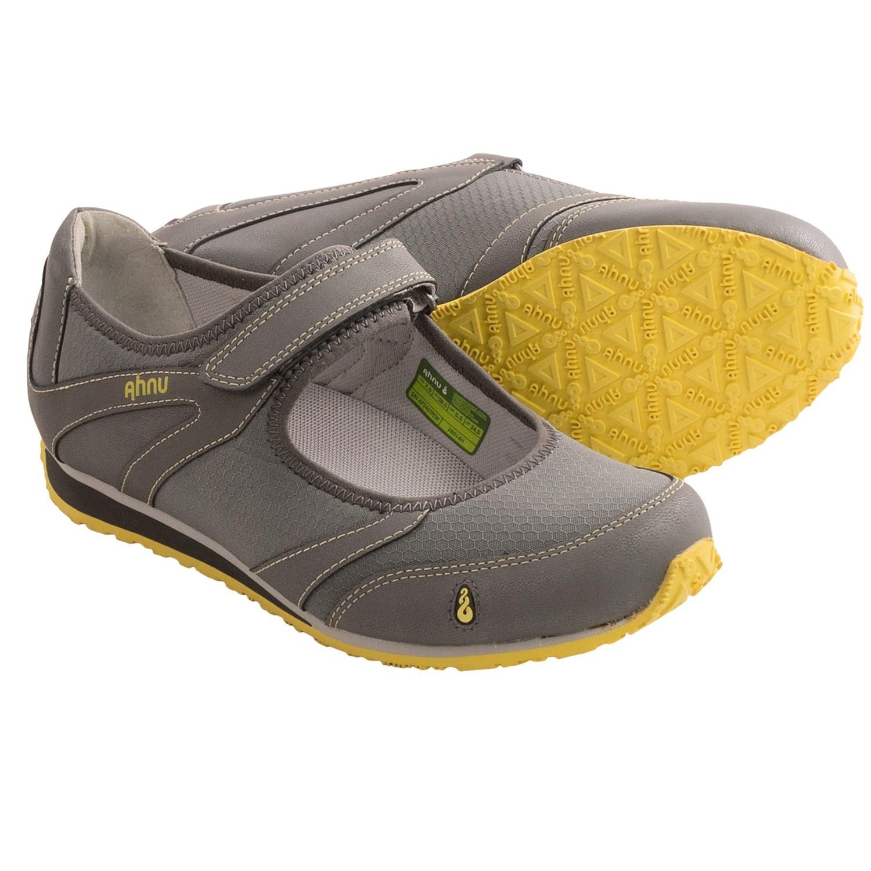 Ahnu Karma Women's Flat Shoes