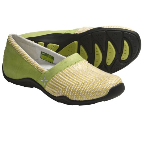 Ahnu Jackie Shoes (For Women) in Bright Chartreuse