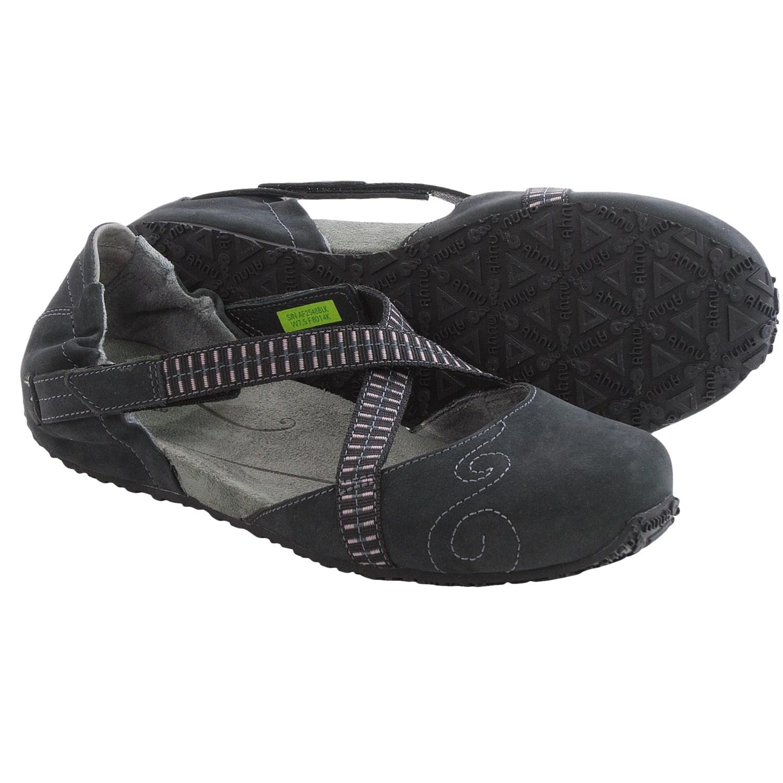Ahnu Karma Latitude Leather Shoes