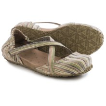 Ahnu Karma Shoes (For Women) in Seagrass - Closeouts