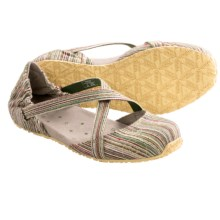 Ahnu Karma Textile Canvas Flats (For Women) in Olive - Closeouts