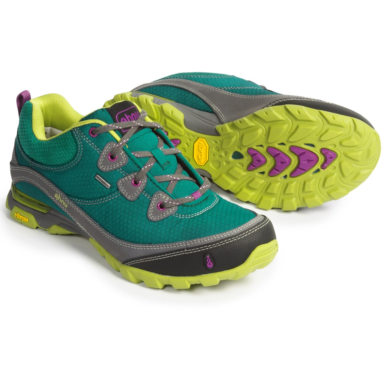 Ahnu Men S Hiking Shoes