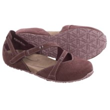 Ahnu Tullia Shoes - Nubuck (For Women) in Eggplant - Closeouts