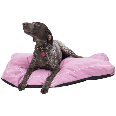 AKC Water-Resistant Dog Bed in Pink