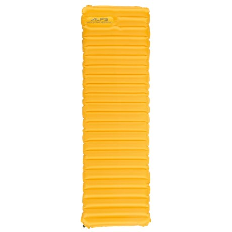ALPS Mountaineering Featherlite Air Pad - Regular in Amber