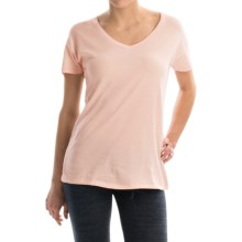 Alternative Apparel Perfect V-Neck T-Shirt - Organic Cotton, Short Sleeve (For Women) in Vintage Blush Pink - Closeouts