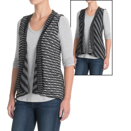 Apropos Mixology Reversible Vest (For Women) in Geo/Stripe