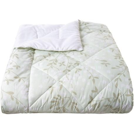 Image of Aqua Floral Vines Down-Alternative Blanket - Twin