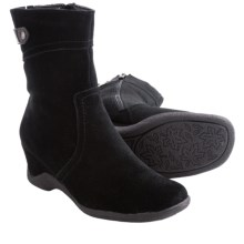 Aquatherm by Santana Canada Fern Boots - Suede (For Women) in Black - Closeouts