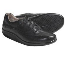Aravon Laney Shoes - Leather, Lace-Up (For Women) in Black - Closeouts