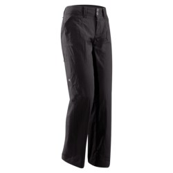 Arc'teryx Parapet Pants (For Women) in Graphite