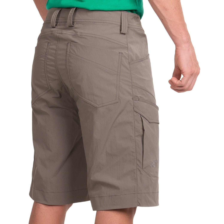 Long cargo shorts for men