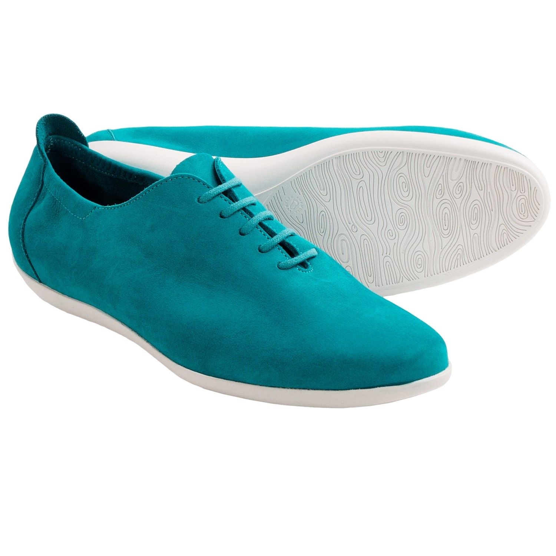 Arche White Shoes