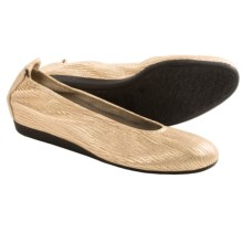 Arche Laius Shark Pattern Shoes - Flats (For Women) in Platinum - Closeouts