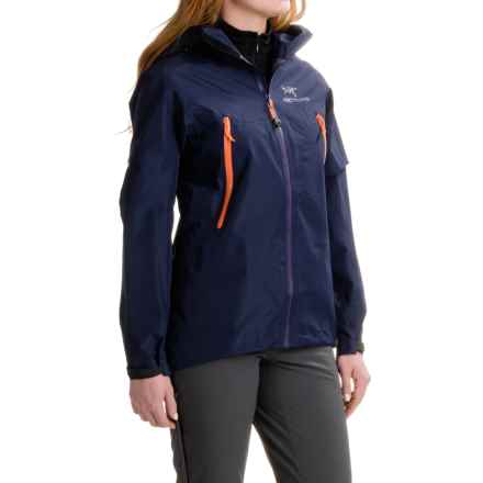 Arc'teryx Beta LT Gore-Tex® Jacket - Waterproof (For Women) in Marianas - Closeouts